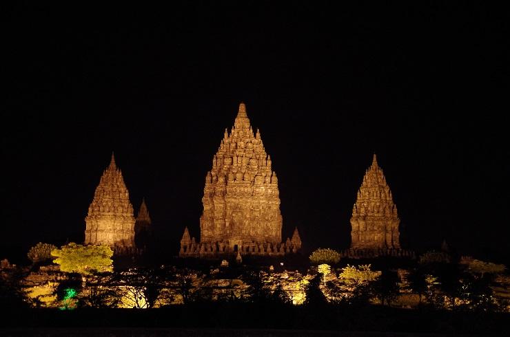Prambanan et ballet 28 juillet 643