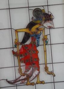 marionnette représentant un personnage féminin