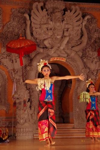 spectacle danse théâtre 128