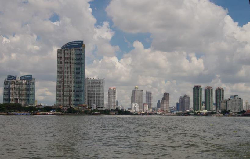 Klong Bangkok 303