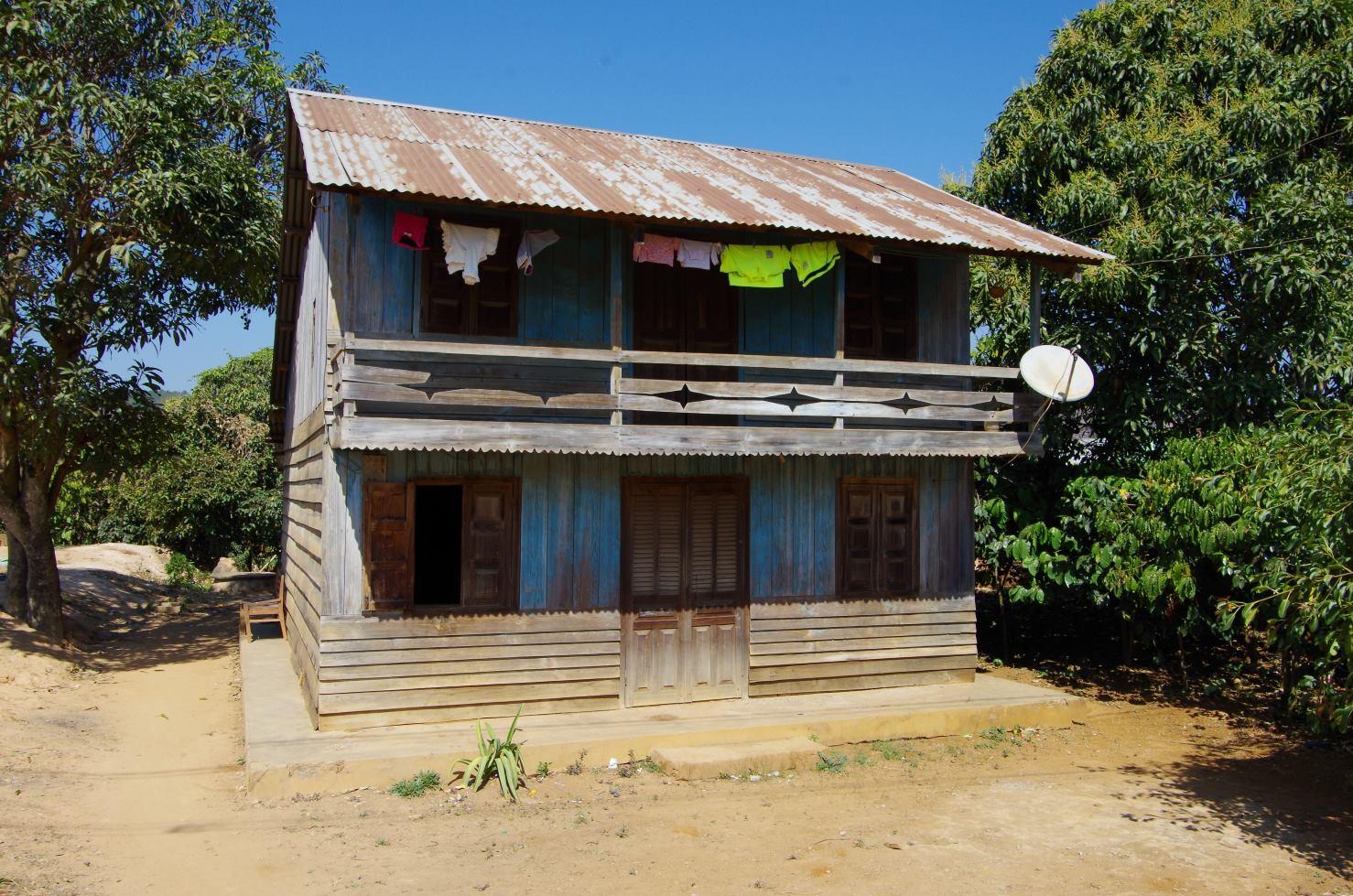 Visites autour de dalat asiedusudestenfamille for Facade maison traditionnelle